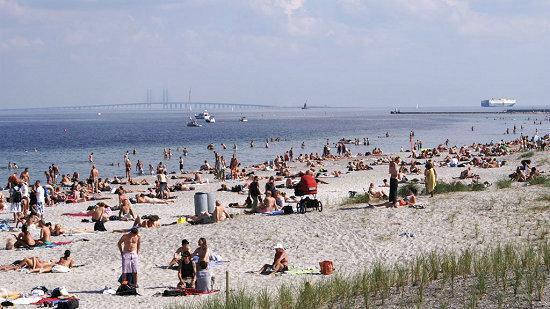 """北欧航空(SAS)带你打卡CNN评榜""""最适合游泳的城市"""""""