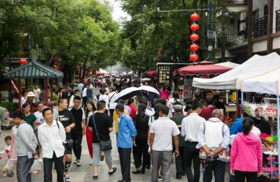 在云南这个特色古镇,总会有意想不到的收获!