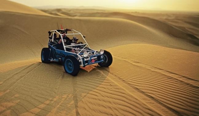 在秘鲁狂野飞驰的四驱冒险体验