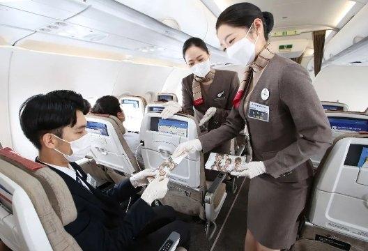 韩亚航空,承载预备乘务员的梦想飞行!